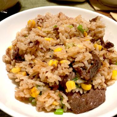 超簡単!一人暮らし男子大学生の自炊程度のレベルのガーリックライスレシピを公開。